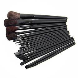 Комплект кисточек для макияжа 18 штук черный чехол