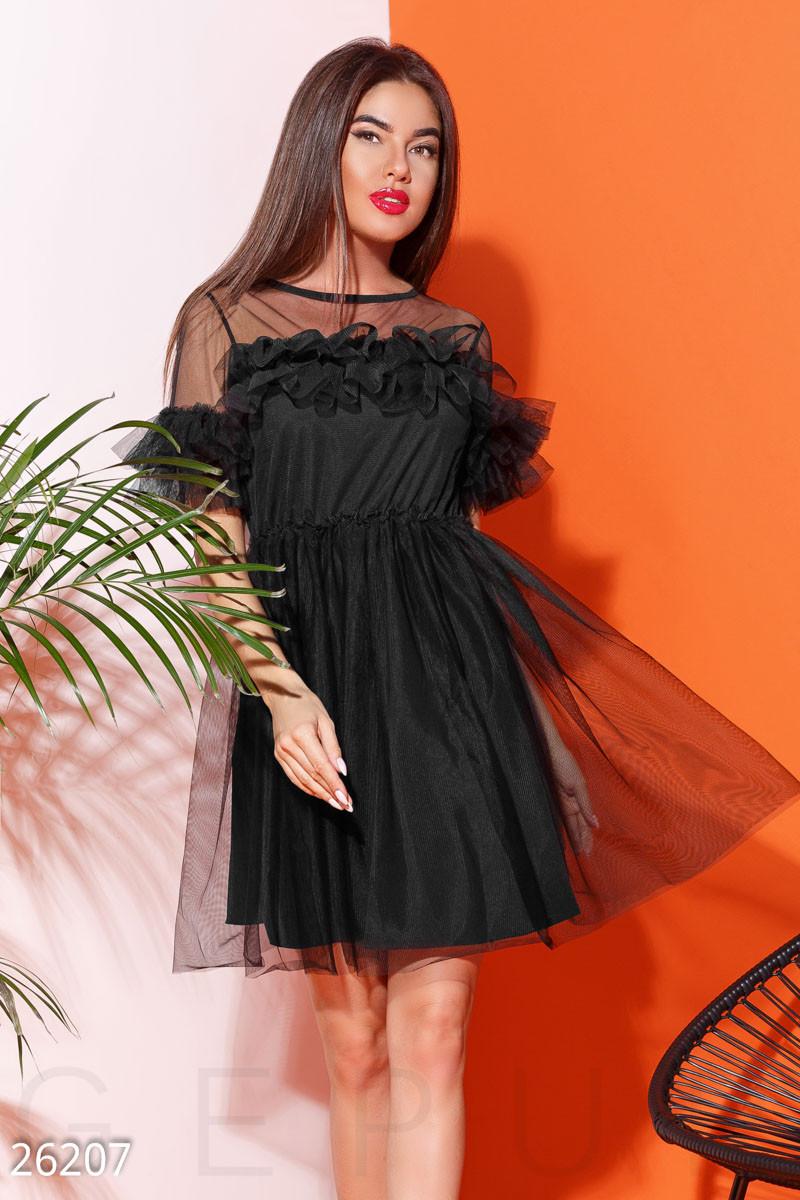 Вечернее платье фатин пышное короткое с коротким рукавом черное