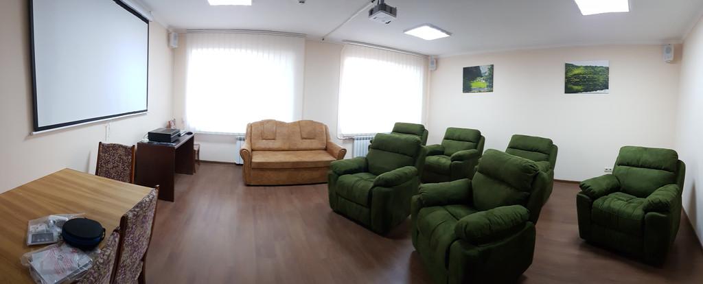 кабинете психологической разгрузки в Киеве в Пуще-Водице