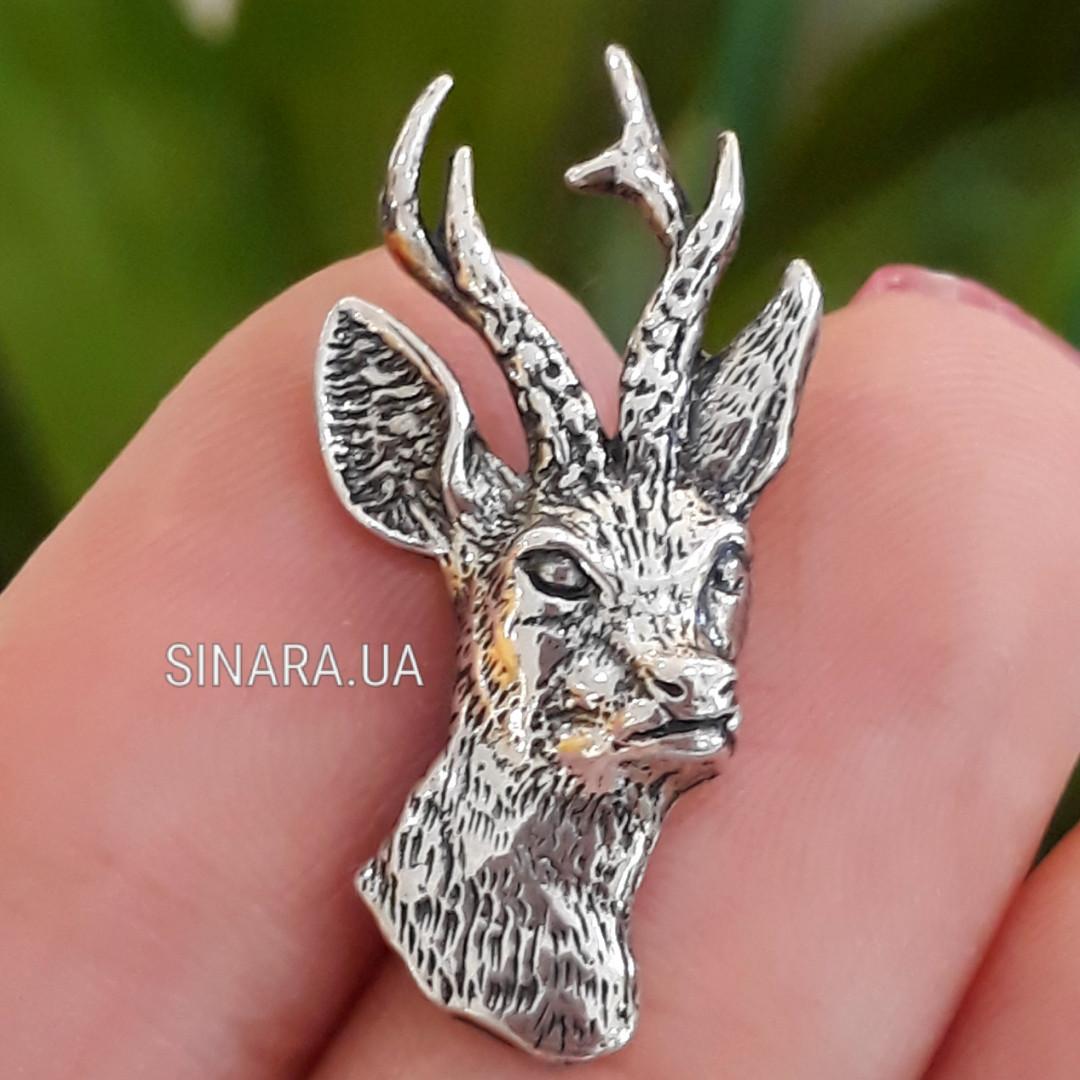 Серебряный сувенир охотнику значок Косуля