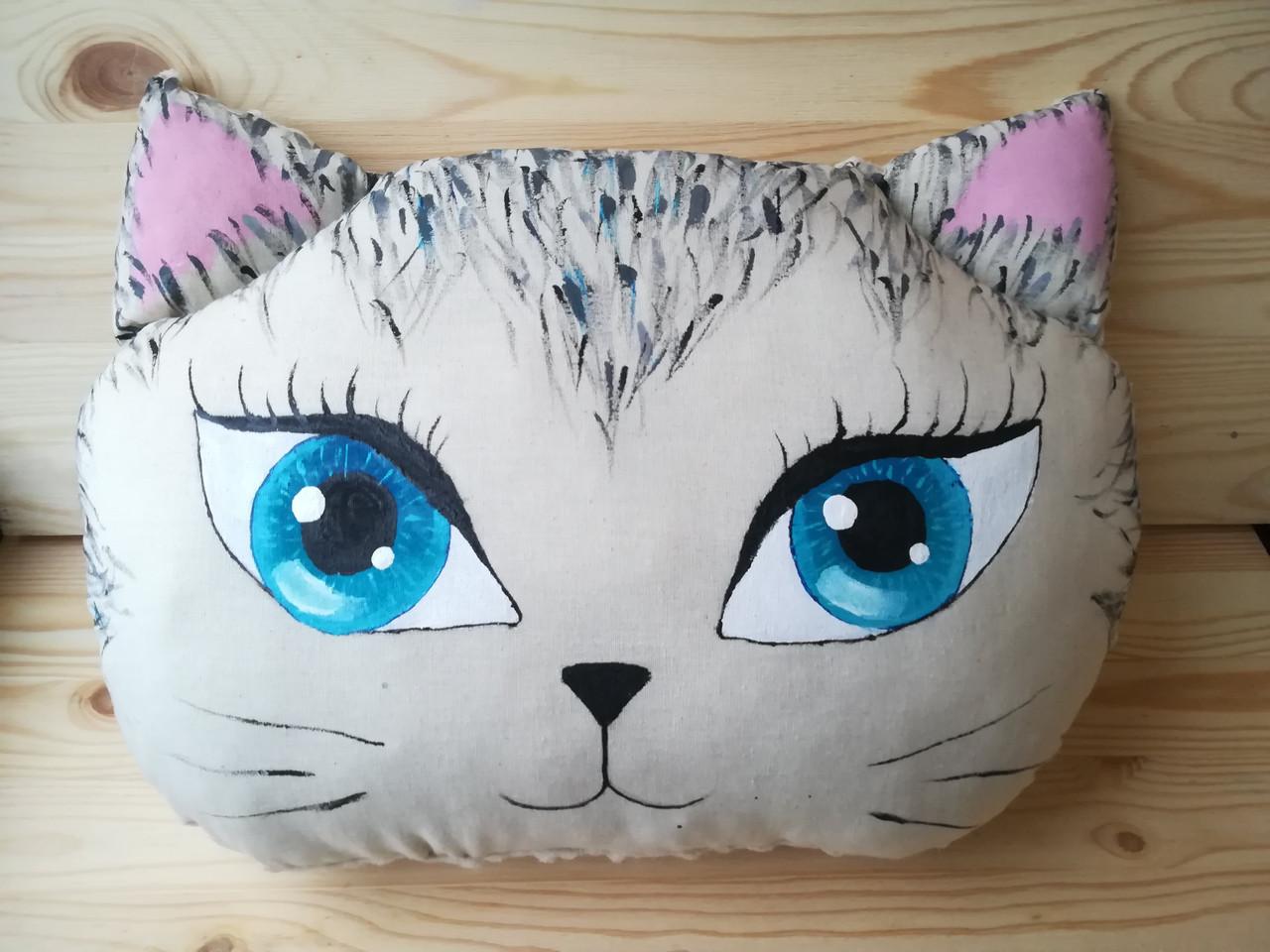 Подушка кошка ,  44 см * 33 см