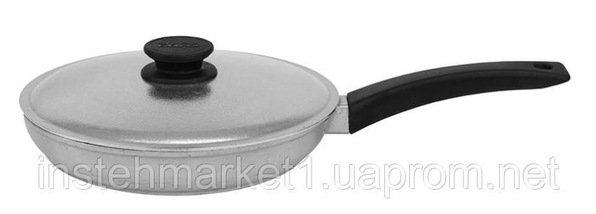 Сковорода БИОЛ 2204БК (диаметр 220 мм) алюминиевая с утолщённым дном, бакелитовая ручка и крышка