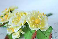 Декоративные цветы магнолии, диаметр 4 см, 6 шт/уп, желтого цвета, фото 1