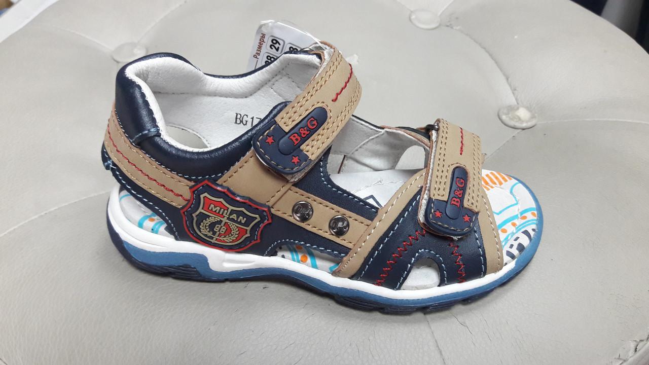 Детские сандалии для мальчика фирмы B&G
