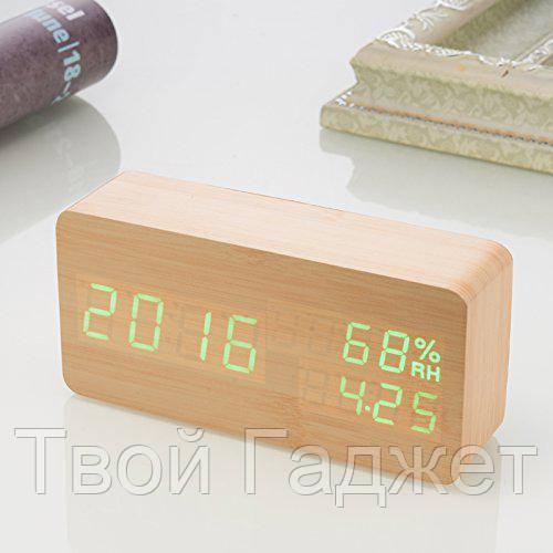 Настольные часы c зеленой подсветкой на бежевом фоне с датой и влажностью воздуха в виде бруска VST-862S-4