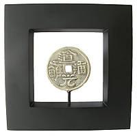 Картина с бронзовой фигурой Монета