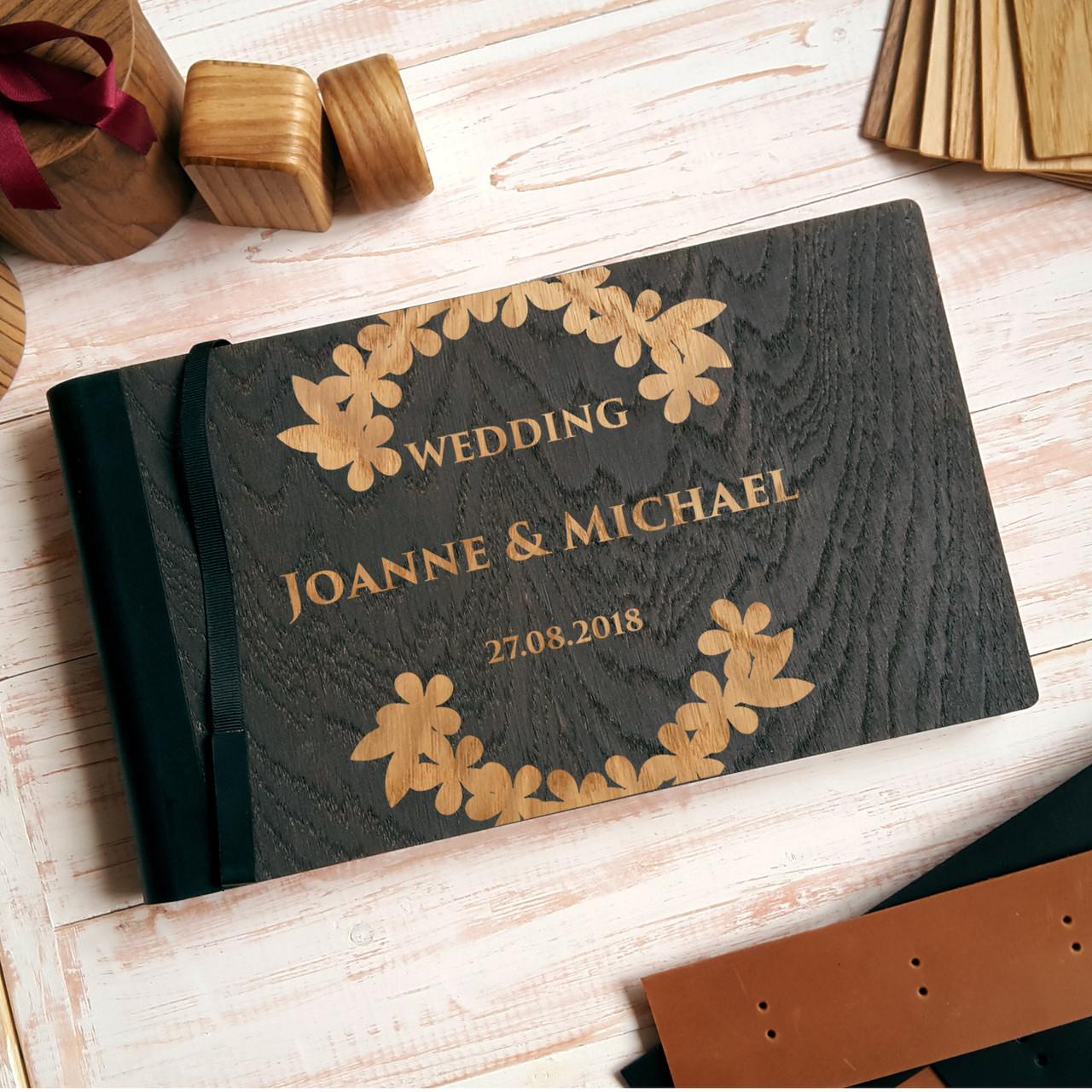 """Деревянная свадебная книга для пожеланий 17*29 см с тонированной обложкой """"Венок из листьев"""""""