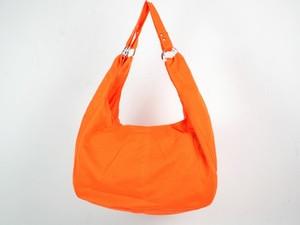Сумка оранжевого цвета