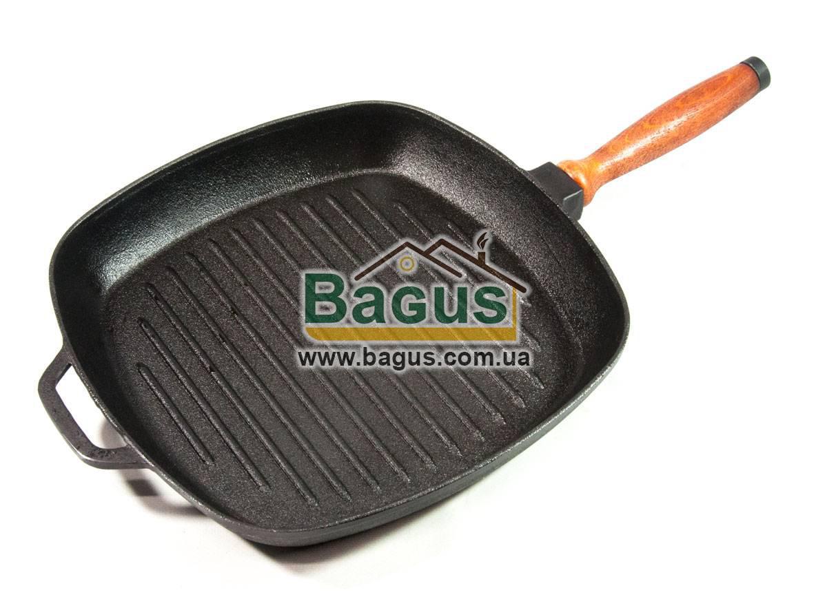 Сковорода чугунная гриль 28х28см квадратная с деревянной ручкой ЧугунОК (ЧУ-2828ГР)