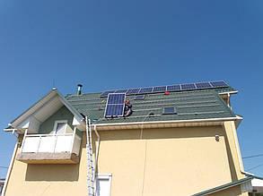 монтаж солнечных панелей на скатную крышу