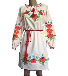 Нежно-розовое платье вышиванка маки