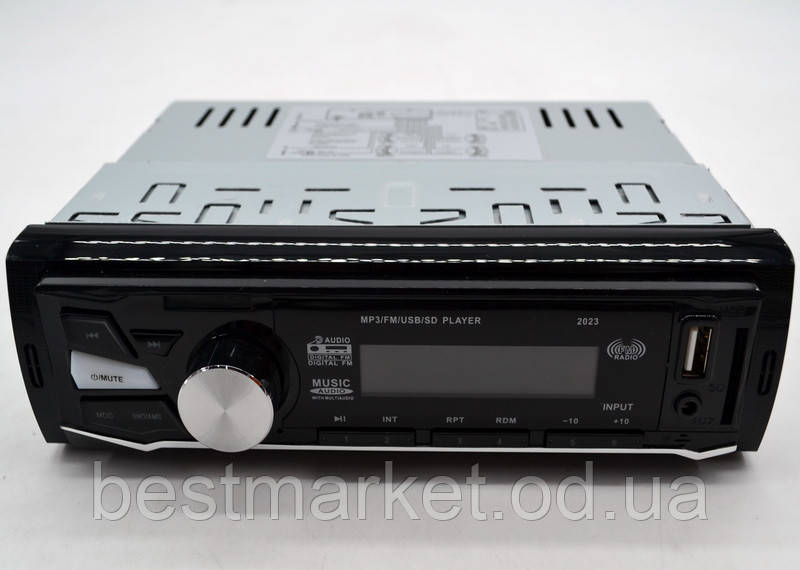 Автомагнитола CDX-GT2023