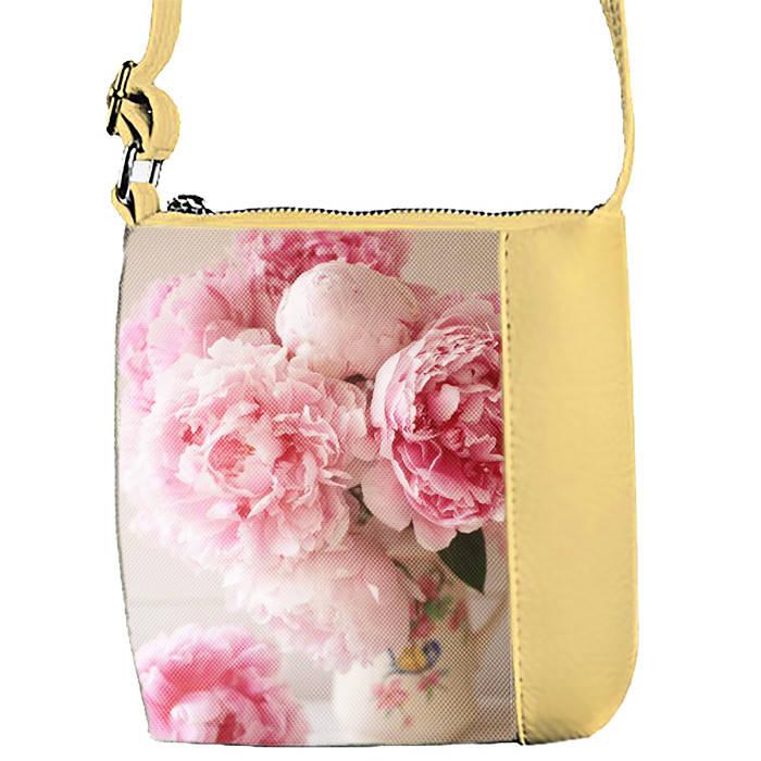 Бежевая сумочка с принтом Пионы