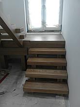 Сходи дерев'яні. Сходи дерев'яні на замовлення Київ і Київська обл. Дерев'яні сходи