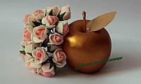 Роза 1,5-2 см, молочно-персиковая