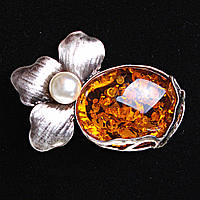 [65/45 мм.] Брошь Лепестки и Янтарный камень в металической оправе , металл Silver