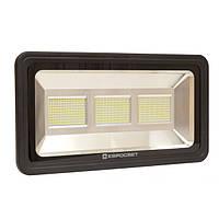 В нашем ассортименте появились светодиодные прожекторы мощностью до 750 ватт!
