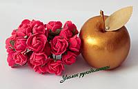 Роза 2,5-3 см краная