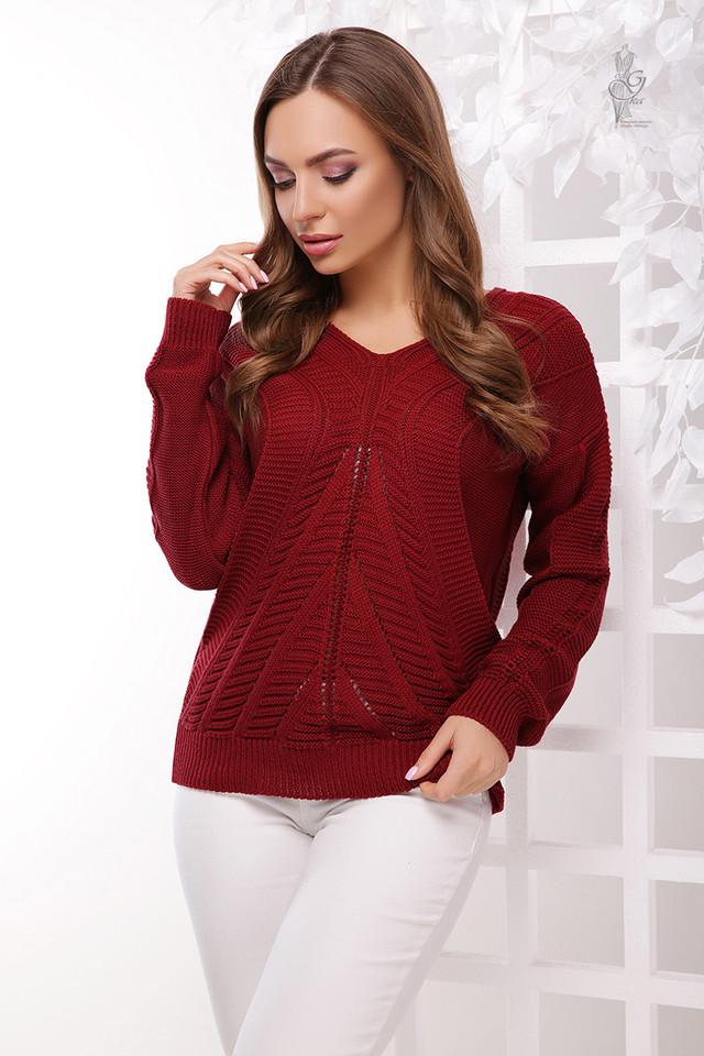 Цвет бардовый Вязаного женского свитера Влада