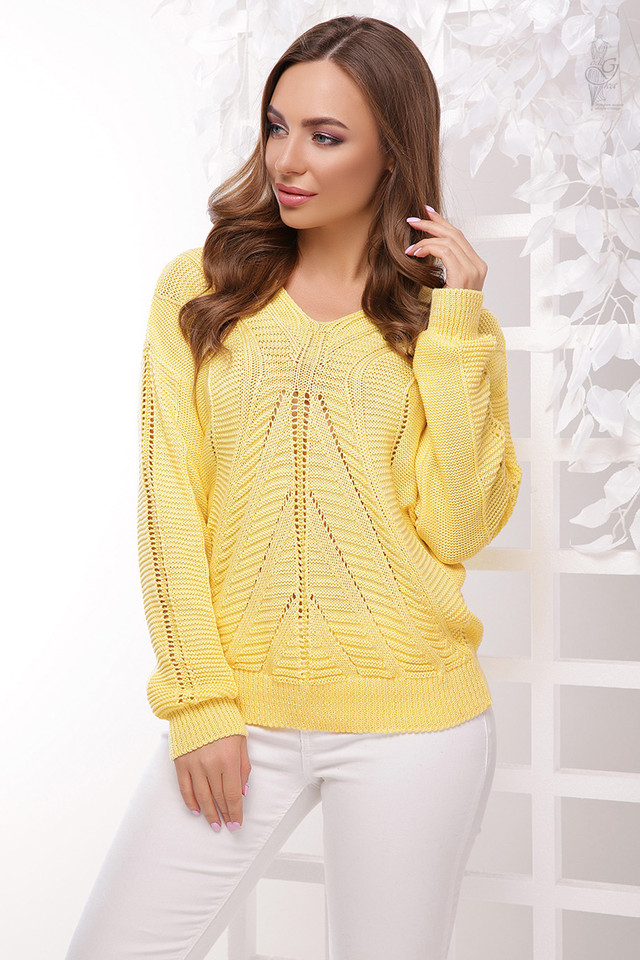 Цвет желтый Вязаного женского свитера Влада