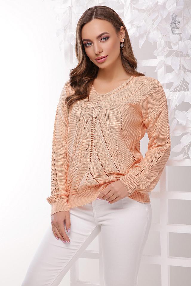 Цвет персик Вязаного женского свитера Влада