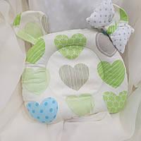 """Ортопедическая подушка """"Разноцветные сердечки"""" для новорожденных двусторонняя, фото 1"""