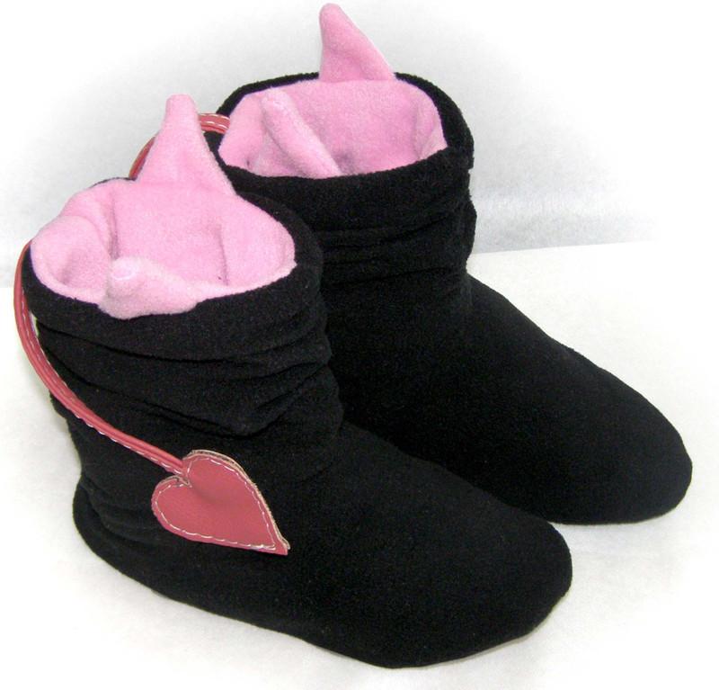 Тапочки Чертики черные с розовыми рожками