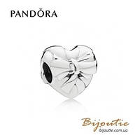 Pandora Шарм-сердце ИЗЯЩНЫЙ БАНТ #797303 серебро 925 Пандора оригинал