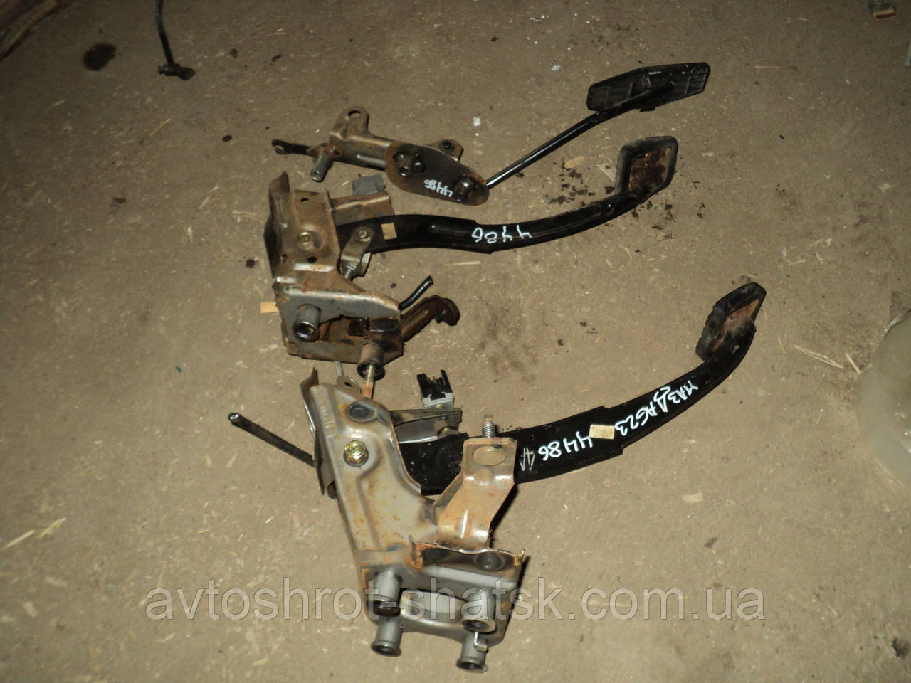 Педальний узел Mazda 626 GE