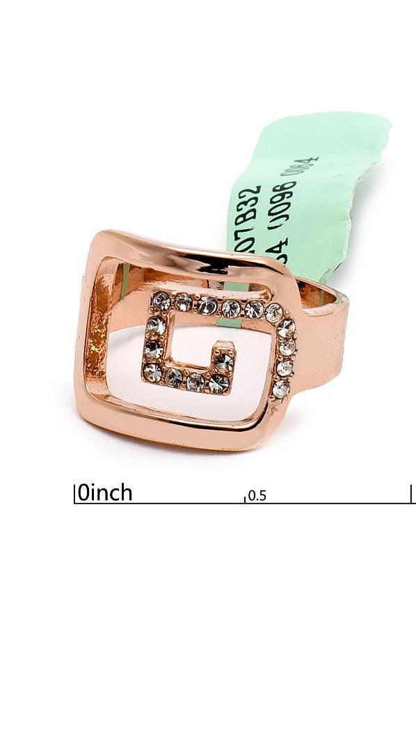 Аристократичное кольцо завиток с фианитами
