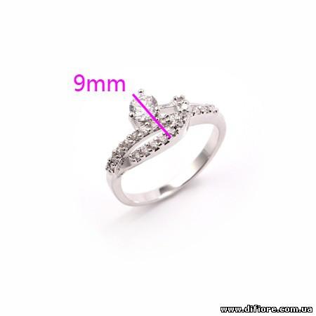 Ассиметричное кольцо с круглыми фианитами