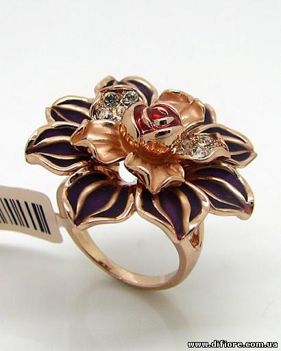 Великолепное кольцо с матовой эмалью