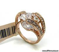Великолепное кольцо с фианитами бриллиантовой огранки
