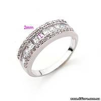 Восхитительное кольцо с прозрачными фианитами
