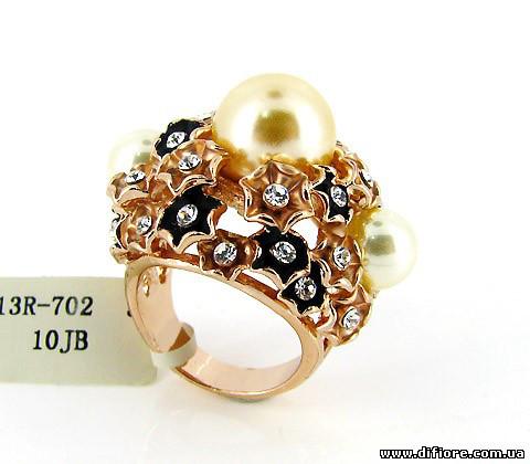 Живописное кольцо с эмалью и жемчугом