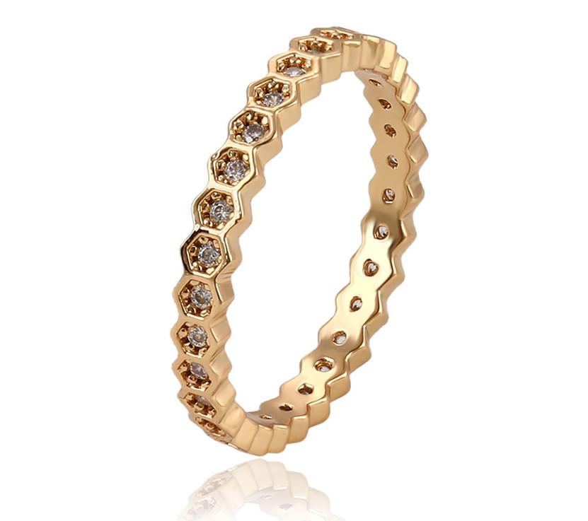 Изящное кольцо Соты