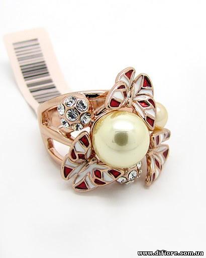 Интересное кольцо с фианитами и цветной эмалью