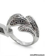 Нарядное кольцо с россыпью фианитов