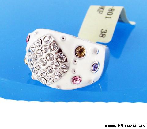 Нежное белое кольцо с цветными фианитами