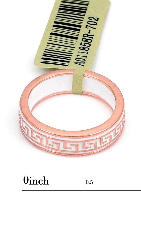 Нежное кольцо с орнаментом и белой эмалью