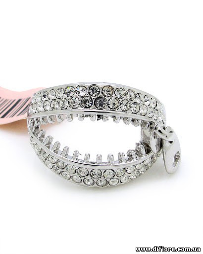 Необычное кольцо Молния с белыми фианитами