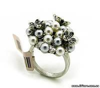Необычное кольцо с белыми и серыми бусинками