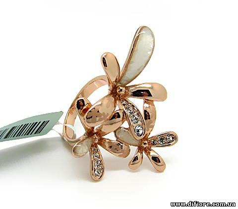 Нетривиальное ассиметричное кольцо с перламутром