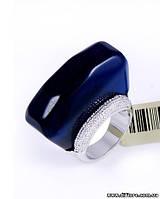 Нетривиальное кольцо с синим акрилом
