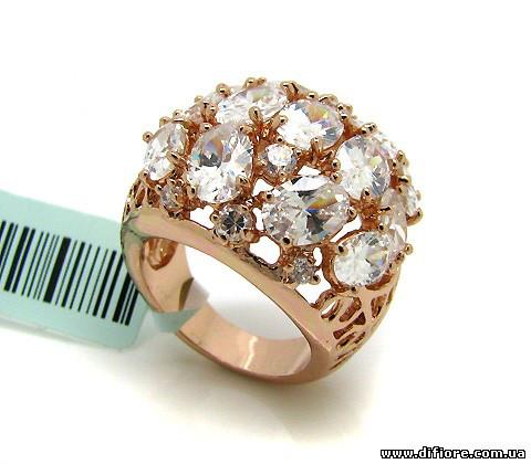 Роскошное кольцо с крупными фианитами