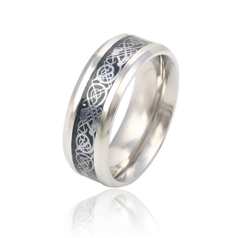 Стальное кольцо с узором и черной эмалью