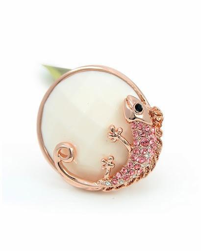 Стильное кольцо с хамелеоном