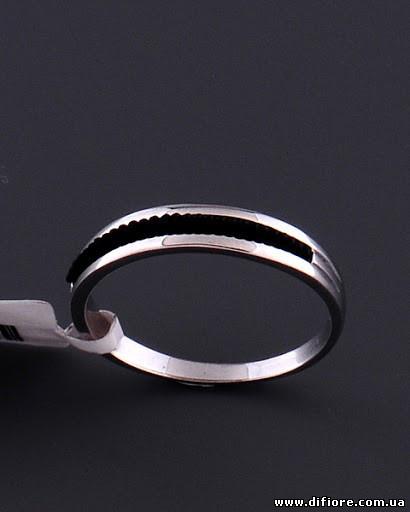 Тонкое кольцо с акриловой вставкой