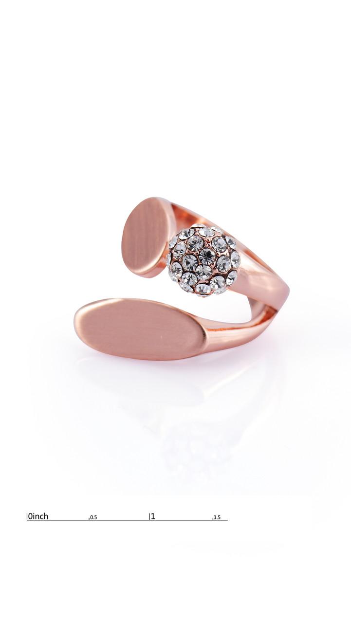 Удивительное позолоченное кольцо  с фианитами