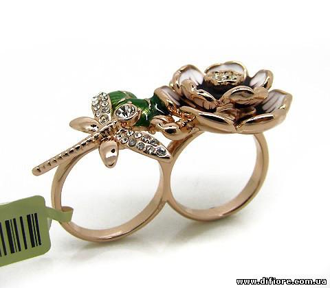 Оригинальное кольцо на два пальца